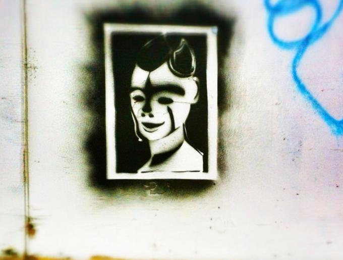 Lady Stencil